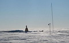 Southern pole, Antarctica (photo credit: CC-BY-SA Cookson69, Wikimedia Commons)