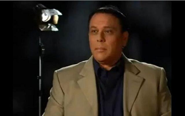 Rami Yitzhar, owner of the Inyan Merkazi website. (screen capture: Youtube/contentodesemrik)