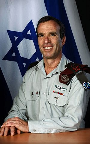 Elazar Stern in 2008 (Flash 90/IDF Spokesman)