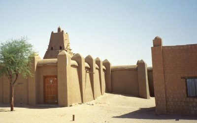 Illustrative 2005 photo of the Sankore Mosque, an important learning center in Timbuktu, which dates from the early 14th century.  (photo credit: CC BY upyernoz/Flickr)