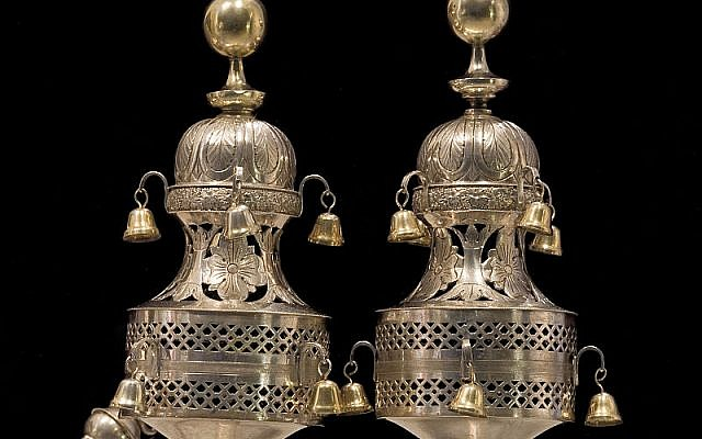 Torah finial bells (photo credit: CC-BY-SA, Jorge Royan, Wikimedia Commons)