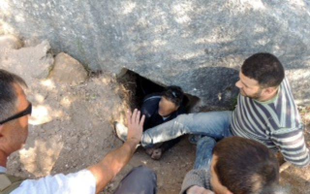 Three tomb robbers were captured red headed near Kibbutz Metzer Emek Hefer (photo credit: courtesy IAA)