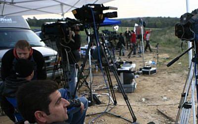 Journalists for al-Arabiya on the border of the Gaza Strip (illustrative photo credit: Nati Shohat/Flash90)