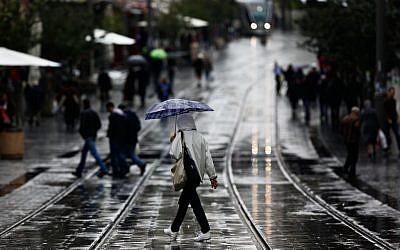 Rain in Jerusalem, November 2012 (photo credit: Yonatan Sindel/Flash90)