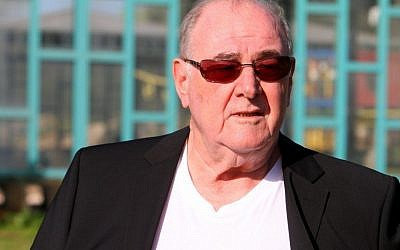Former finance minister Abraham Hirschson leaves Hermon Prison on Wednesday morning, January 16, 2012 (photo credit: Flash90)