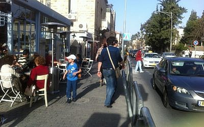 Jerusalem's Emek Refaim, mid-afternoon, Election day (photo credit: DH, Times of Israel staff)
