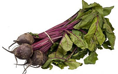 A bundle of organic beets from an English food co-op program (photo credit: Evan-Amos/Wiki Commons)