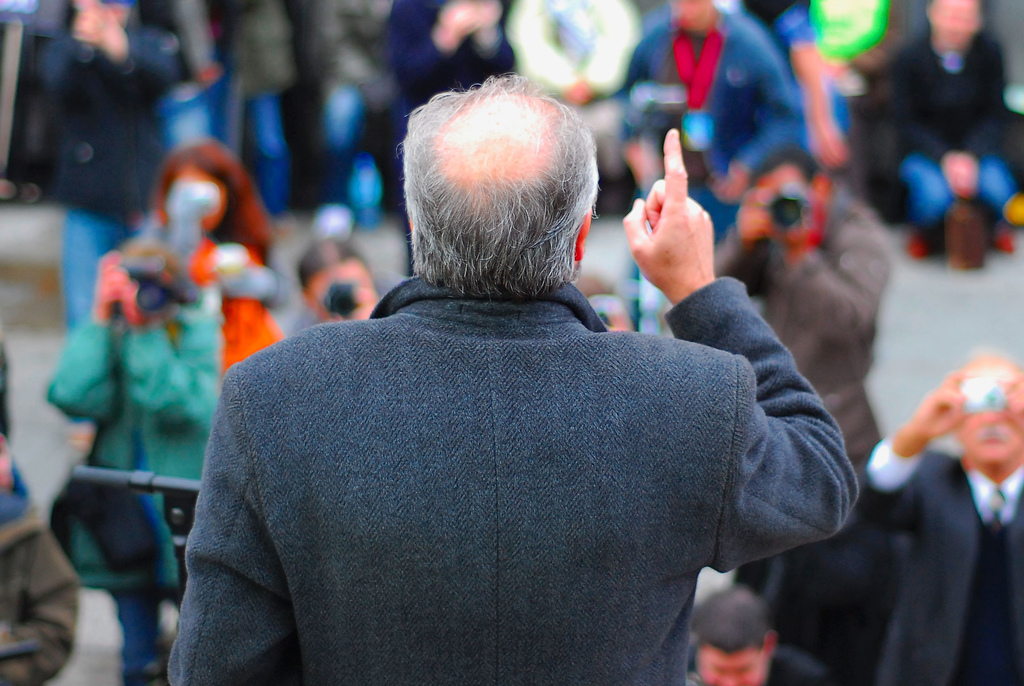 George Galloway speaking at a London rally in 2007. (photo credit: CC BY DavidMartynHunt, Flickr)