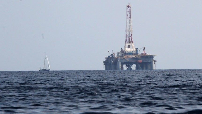 View of a Mediterranean sea gas drill platform (Photo credit: Nati Shohat/FLASH90)