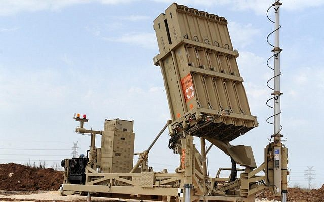 An Iron Dome anti-rocket defense system placed in the Dan region, on November 16, 2012. (Alon Besson/Ministry of Defense/Flash90)