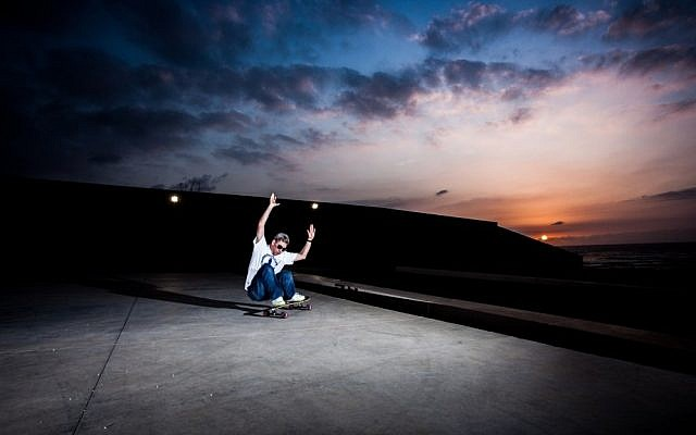 Michael Brooke, the founder of Longboarding for Peace (photo credit: Yohav Trudler)