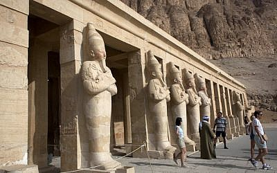 Foreign tourists visit the Hatshepsut Temple, in Luxor, Egypt.(photo credit: AP/Nasser Nasser)