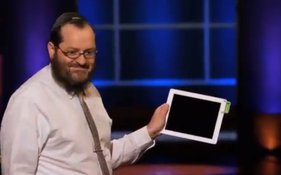 Rabbi Moshe Weiss showing off his Sound Bender on Shark Tank. (photo credit: image capture from YouTube)