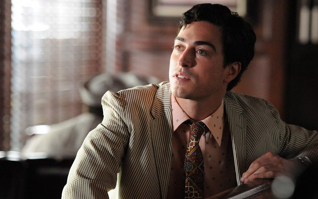Ben Feldman says he imitates other Jews but avoids becoming a stereotype when he's in character as Michael Ginsberg. (Courtesy of AMC via JTA)