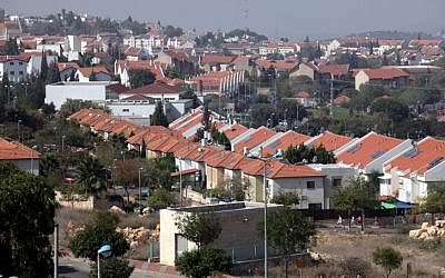 Israelis and Palestinians on United States  settlement move