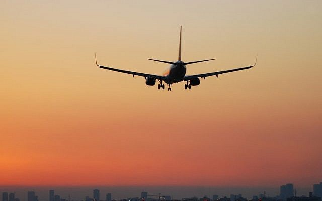 An illustrative photo of a plane preparing to land. (photo credit: Tsahi Ben-Ami/Flash 90)