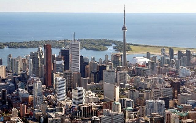 The Toronto skyline (Wikimedia Commons)