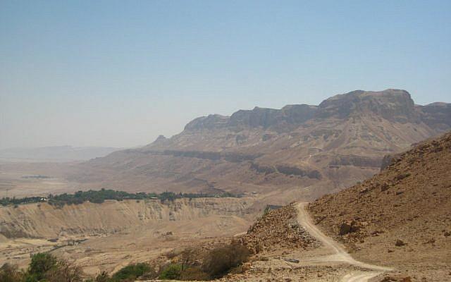 A hiking area near the Dead Sea (photo credit: Joshua Davidovich/Times of Israel staff)