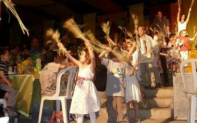 Harvest dances at Kibbutz Naan's Seder (photo credit: Courtesy Raaya Ben-Avraham)
