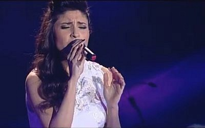 Lina Mahoul performing on 'The Voice.' (Screenshot: Reshet.tv)