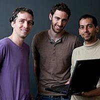 (L. to R.) Uri Usami, Ariel Rosen and Ofir Tam, inventors of MinDesktop (photo credit: Dani Machlis, Ben-Gurion University)