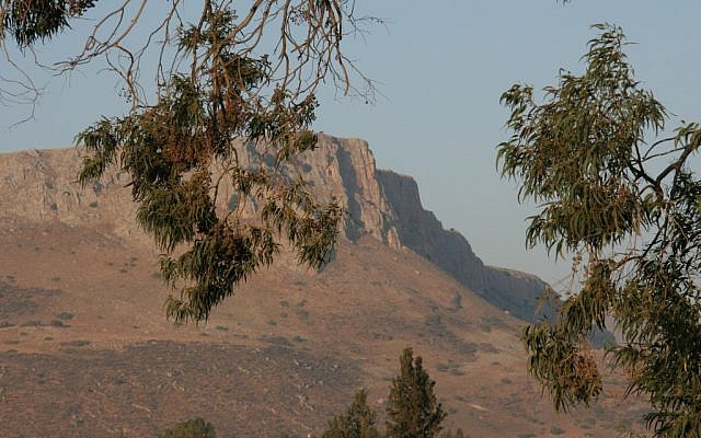 Mount Arbel (photo credit: Shmuel Bar-Am)