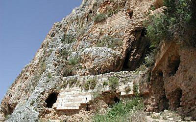Mount Arbel fort (photo credit: Shmuel Bar-Am)