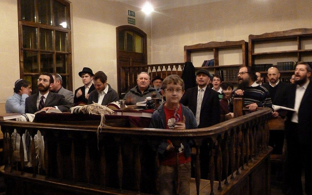 'Hidden Jews' praying at a Warsaw synagogue. (photo credit: Nissan Tsur)