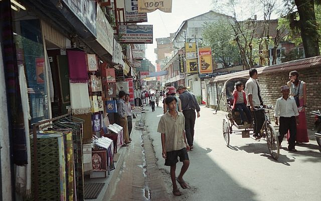 The Thamel area of Kathmandu (photo credit: CC BY-SA artist in doing nothing/Flickr)