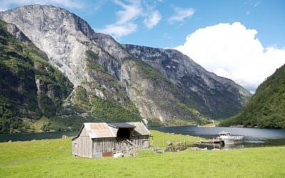 Illustrative photo of a remote home in Norway (CC BY-supervillian, Flickr)