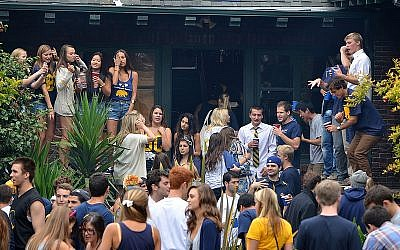Illustrative photo of fraternity/sorority party. (Photo credit:  CC-BY/D.H. Parks/Flickr)
