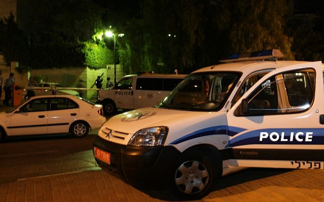 Illustrative photo of an Israeli police car (Kobi Gideon/Flash90)