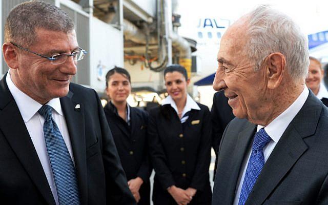 President Shimon Peres seen with El Al CEO Elyezer Shkedy, April 29, 2013. (photo credit: Kobi Gideon/GPO/Flash90)