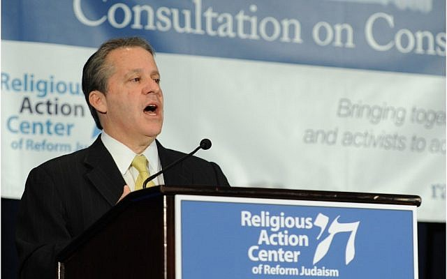 Gene Sperling, the chairman of President Obama's Council of Economic Advisers, speaking at the Reform movement's Consultation on Conscience on April 23. (Photo credit: Courtesy Religious Action Center)