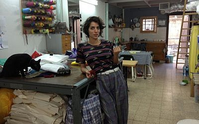 Handbag designer and Steve's Packs scion Shira Wise in her Tel Aviv studio and loft (photo credit: Jessica Steinberg/Times of Israel)