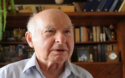 Warsaw Ghetto survivor Jakub Gutenbaum, 83, in Warsaw, Poland, on Thursday, April 18, 2013 (photo credit: AP/Alik Keplicz)