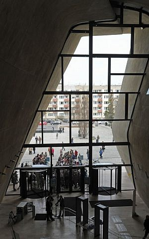 Visitors wait to enter the partially opened Museum of the History of the Polish Jews in Warsaw, Poland, Saturday, April 20, 2013. (photo credit: AP Photo/Alik Keplicz)