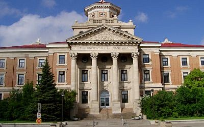 Administration Building, University of Manitoba, Winnipeg. (photo credit: CC)