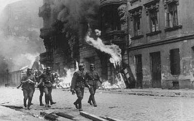 In the heat of battle during the Warsaw Ghetto Uprising. (Courtesy of the USHMM)