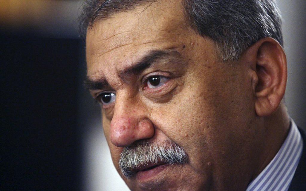 Mithal Al-Alusi in Baghdad, September 2008 (photo credit: AP/Hadi Mizban)