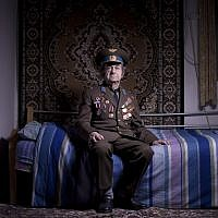 Soviet Jewish World War veteran Aharon Kavishaner, Friday, April 12, 2013. Kavishaner joined the Red Army in 1942, as an air force mechanic and served in the 4th Ukrainian Front, a Soviet army group.  (AP/Oded Balilty)