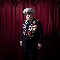 """Soviet Jewish World War Two veteran David Rivelsky, Wednesday, April 17, 2013. In 1941 he took part in the heroic defense of Leningrad and was awarded with the medal """"Defense of Leningrad."""" (photo credit:AP/Oded Balilty)"""