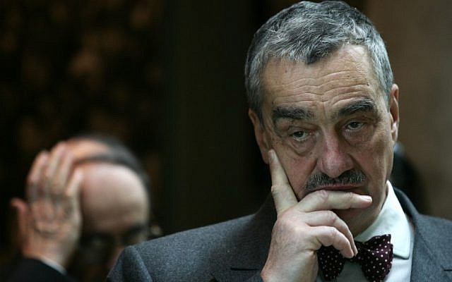 Karel Schwarzenberg at Yad Vashem in 2008. (photo credit: Kobi Gideon/Flash90)