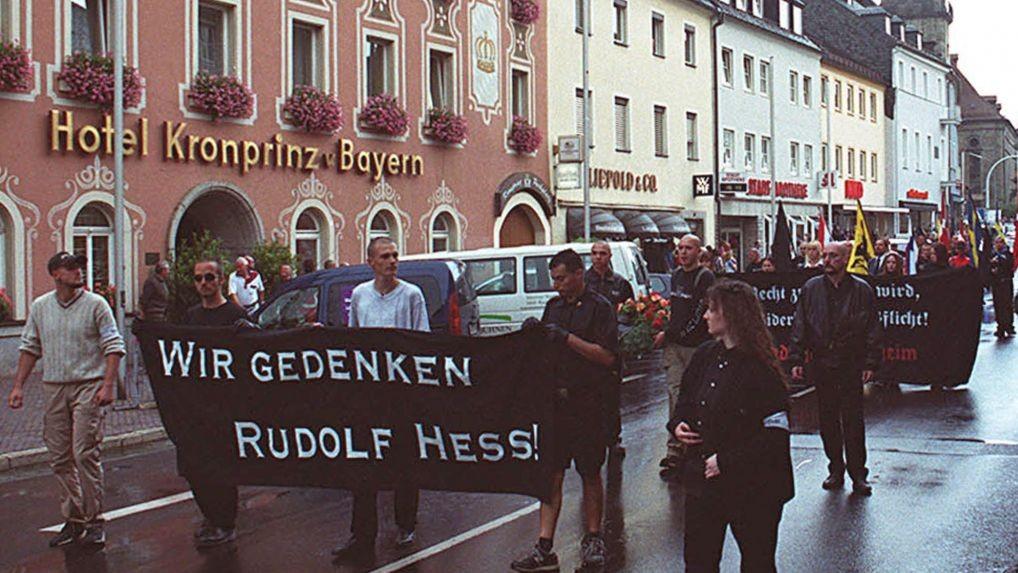 A neo-Nazi rally held in memory of Adolf Hitler's deputy Rudolf Hess in Hess's Bavarian hometown of Wunsiedel, southern Germany, 2002. (photo: AP/Udo Bartsch)