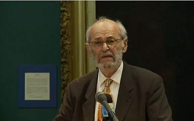 Professor Geza Vermes delivering a lecture at Louisiana State University in September, 2009 (screen capture: YouTube)