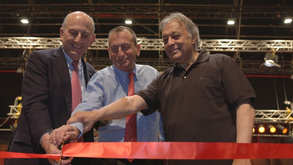 The ribbon-cutting ceremony for the new Charles Bronfman Auditorium, home to the Israel Philharmonic Orchestra, in Tel Aviv. From left: Charles Bronfman, Tel Aviv Mayor Ron Huldai, and the ensemble's Musical Director for Life Zubin Mehta (photo credit: Shai Skiff)