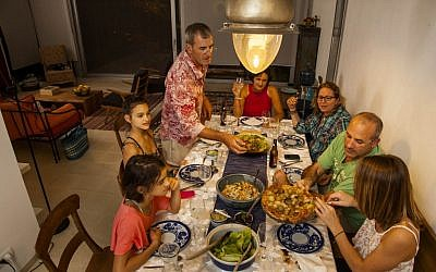 An EatWith meal hosted in Israel (Courtesy EatWith)
