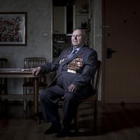 Soviet Jewish World War Two veteran Gregory Stinman, 87,Thursday, April 11, 2013. Stinman joined the Red Army in 1943 and served in the until he was wounded on January 23, 1945. (photo credit: AP/Oded Balilty)