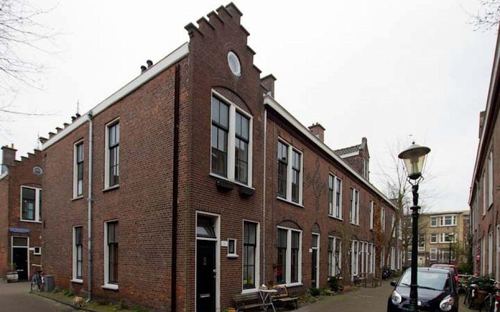 The Van Ostade Jewish Housing Project in The Hague, 2011. (photo credit: Harry van Reeken/JTA)