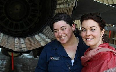 'Scandal' First Lady Bellamy Young at an IDF air force base (Courtesy AVI)